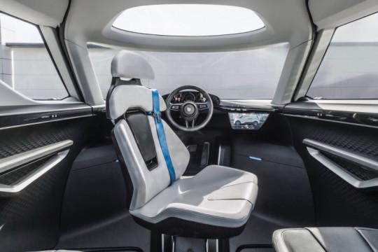Porsche ungkap bagian dalam dari Porsche Vision