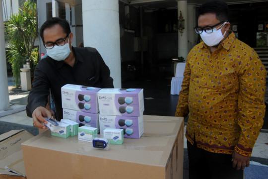 Sampoerna bantu ratusan oximeter untuk penanganan COVID-19 di Surabaya