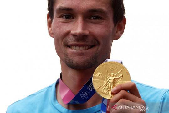 Pimpinan tim balap sepeda Jerman dipulangkan karena komentar rasis