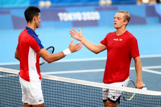 Djokovic semakin dekat menuju Golden Slam usai menang di babak ketiga