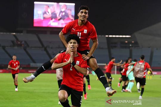 Mesir lolos ke perempat final setelah kalahkan Australia 2-0