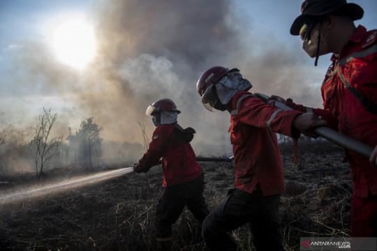 Upaya pemadaman kebakaran lahan di Ogan Ilir