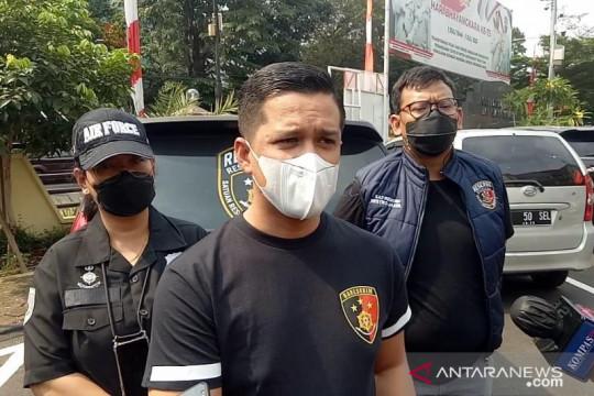 """Palsukan surat tes """"PCR"""", pengusaha percetakan ditangkap polisi"""