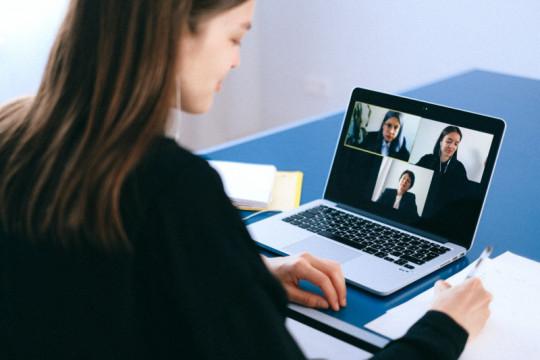 Aplikasi GajiGesa mungkinkan karyawan gajian lebih awal