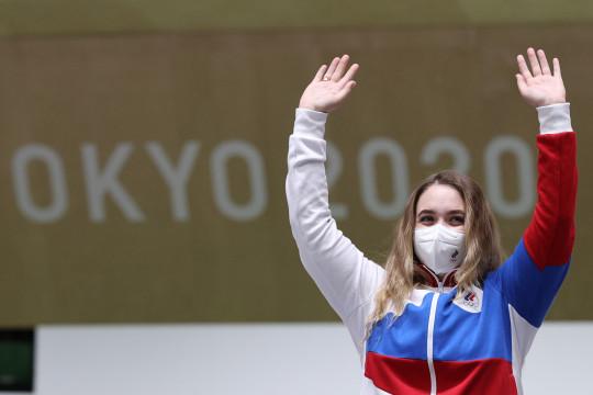 Atlet peraih medali menembak dari Rusia disambut hangat di Moskow