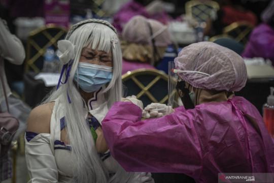 Jakarta kemarin, kasus aktif COVID-19 turun hingga vaksinasi Ibu Kota