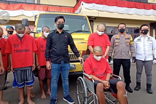 Polres Cilegon tangkap sindikat pencurian mobil antar provinsi