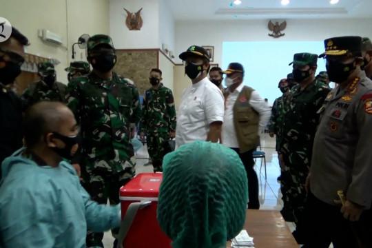 Panglima TNI dan Kapolri tinjau serbuan vaksin di Yogyakarta