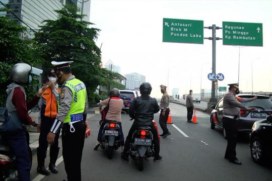 Penyekatan dalam kota Jakarta diperluas di 3 titik, begini suasananya