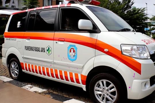 Bantuan ambulans untuk dua puskesmas di Kabupaten Kubu Raya