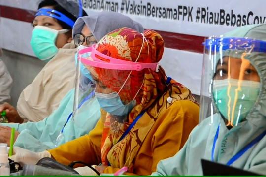 Nakes di Riau akan dapat vaksinasi booster