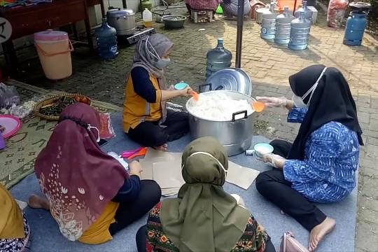 Disdik Kota Tangerang buka dapur umum bantu warga isoman