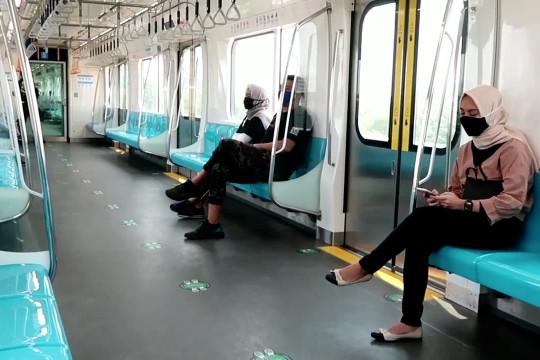 Pengguna harian MRT Jakarta turun dampak PPKM Mikro