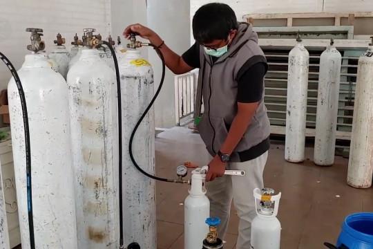 Aksi berbagi oksigen gratis di Pekalongan