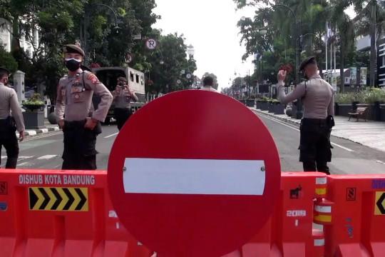 Satgas tutup seluruh akses menuju Kota Bandung