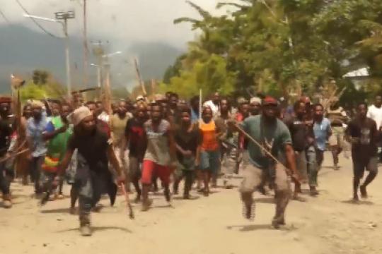 Kapolda Papua temui pengungsi korban kerusuhan Yalimo