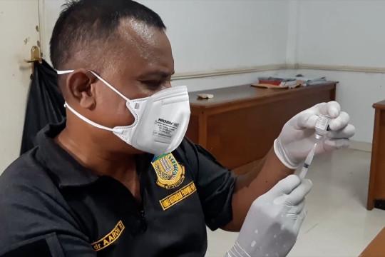 Percepat kekebalan kelompok, Kadin Papua vaksinasi pelaku usaha