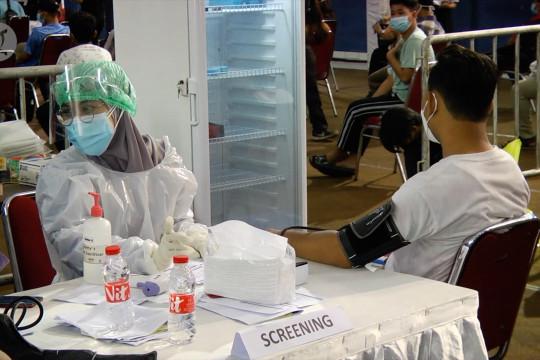 Vaksinasi tekan potensi kematian pasien COVID-19