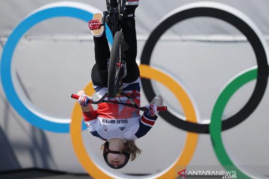 Charlotte Worthington bawa pulang emas BMX Freestyle putri ke Inggris