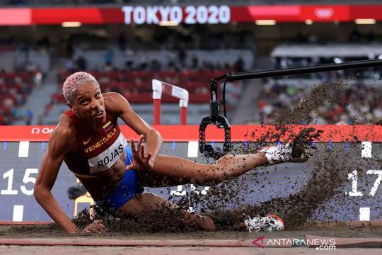 Rekor dunia Lompat Jangkit Putri berusia 26 tahun patah di Tokyo