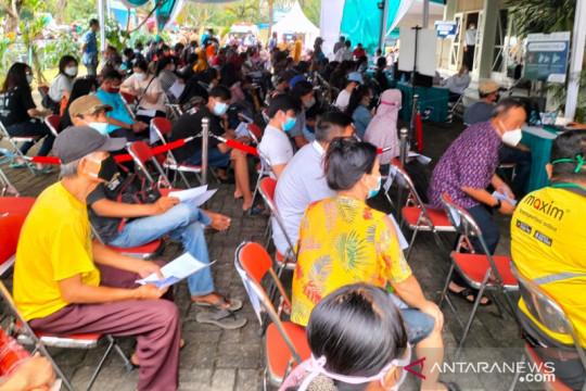 Ini penilaian Wali Kota Jakbar pada warganya terkait vaksinasi