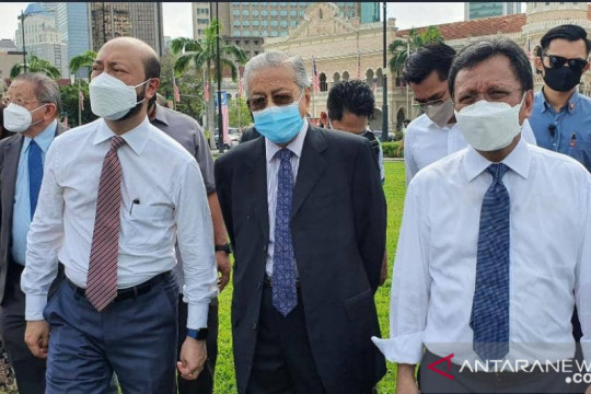 Tokoh oposisi Malaysia berkumpul di Dataran Merdeka