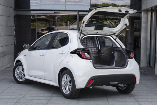 Yaris ECOvan meluncur di Spanyol dengan powertrain hybrid