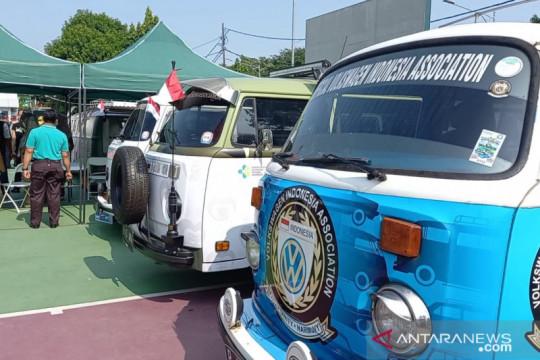 Mobil volkswagen keliling DKI untuk mempercepat vaksinasi
