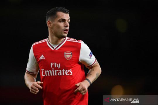 Mikel Arteta pastikan Granit Xhaka bertahan di Arsenal