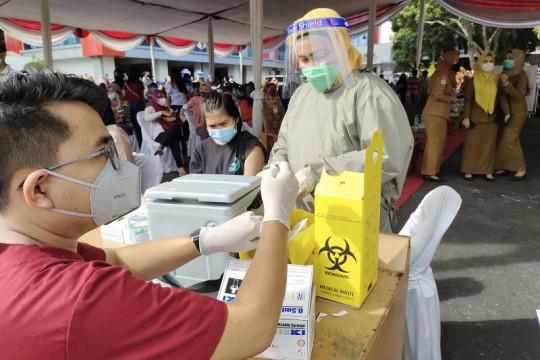 Pemkot Bandarlampung terima 1.935 vial vaksin sinovac