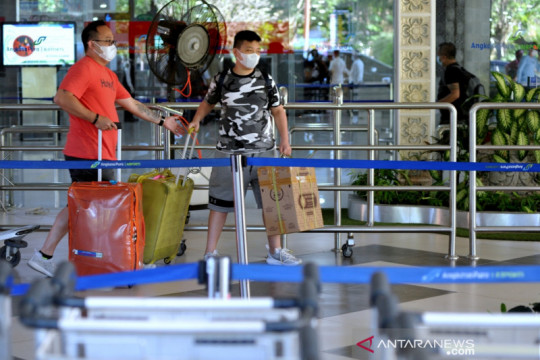 Jumlah penumpang di Bandara Ngurah Rai anjlok 81 persen saat PPKM