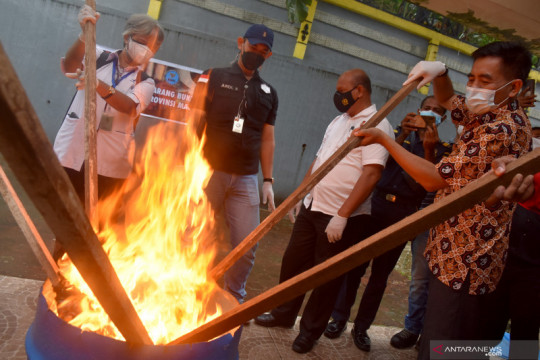 Pemusnahan barang bukti narkoba di Maluku