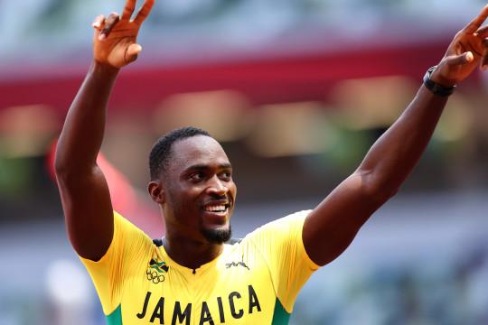 Rajai 110m lari gawang, Parchment sumbang emas kepada Jamaika