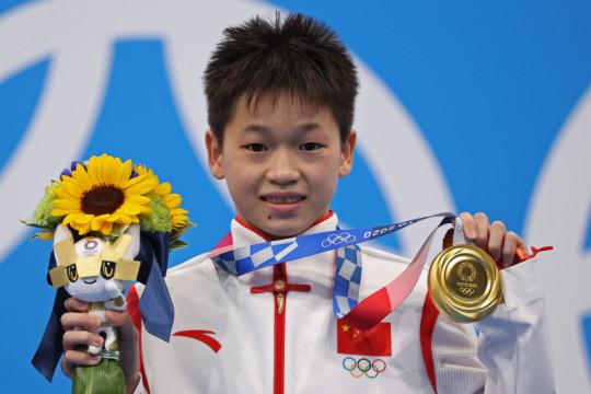 Atlet China 14 tahun Quan Hongchan raih emas loncat indah