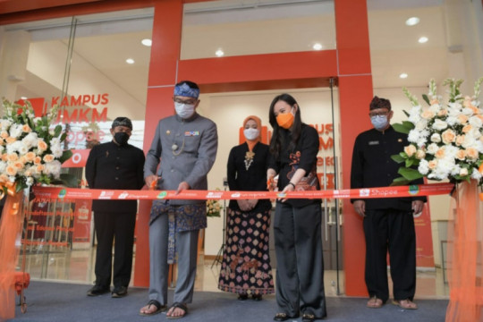 Ridwan Kamil berharap Kampus UMKM Shopee mampu cetak 100.000 eksportir