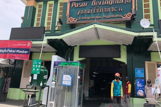 Pasar nonesensial Yogyakarta dibuka, aktivitas belum sepenuhnya pulih