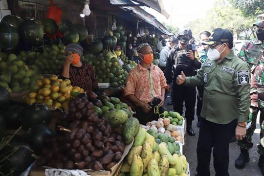 Pemkot Malang bebaskan retribusi pelayanan pasar kurangi dampak PPKM