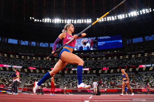 Olimpiade Tokyo: Katie Nageotte raih medali emas lompat galah putri