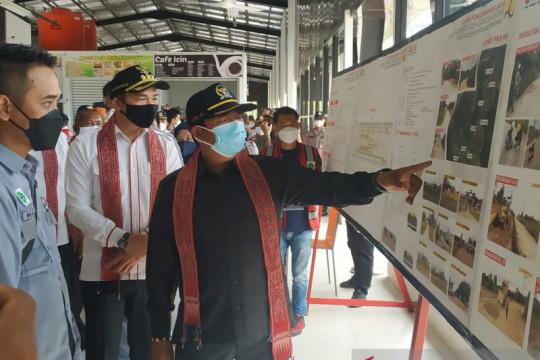 Ketua Komisi V DPR RI pantau jalan pararel di batas RI-Malaysia