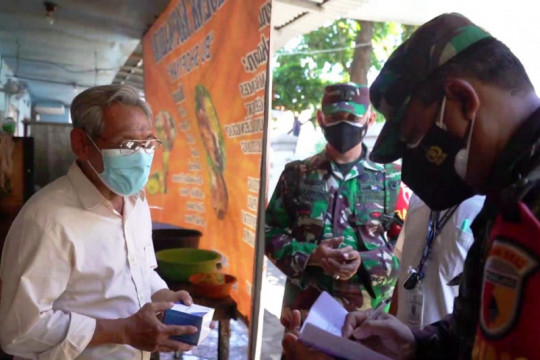 Kodam V/Brawijaya kerahkan Babinsa bantu warga isoman