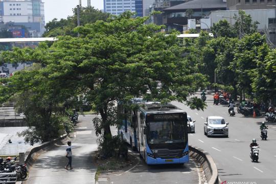TransJakarta perpanjang jam layanan operasi hingga pukul 21.30 WIB