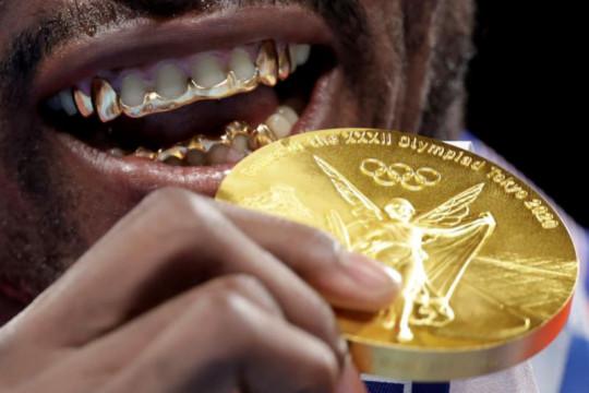 Julio La Cruz rebut medali emas tinju kelas berat Olimpiade Tokyo
