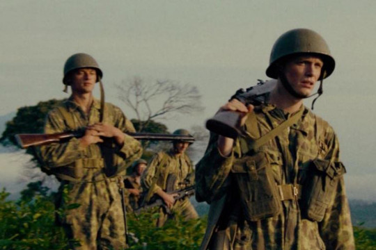 """""""De Oost"""" dan perang yang tak akan membawa kita ke manapun"""