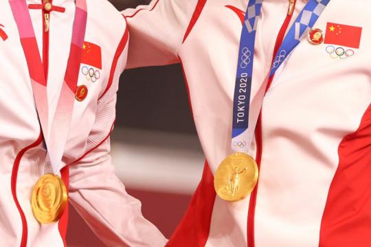 China janji tak lagi pakai pin Mao Zedong menyusul peringatan IOC