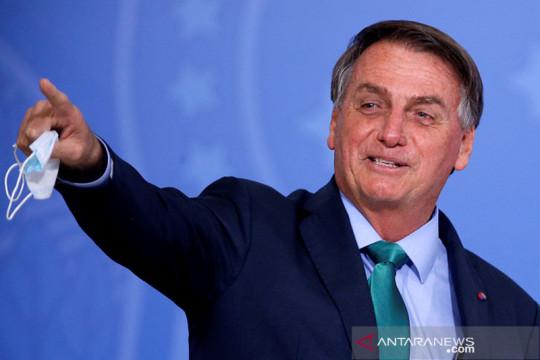 "Presiden Brazil Bolsonaro sebut hakim agung ""anak pelacur"""