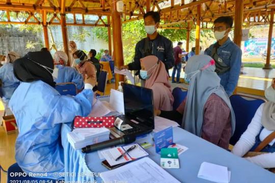 Pemkab Gresik mulai gerebek vaksinasi di sejumlah lokasi wisata