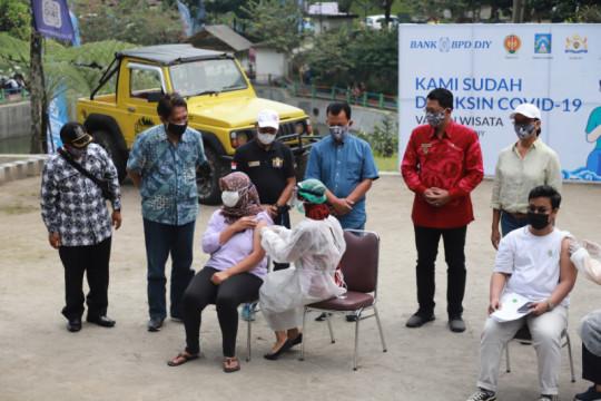 1.000 pelaku usaha sektor pariwisata di Sleman ikuti vaksinasi