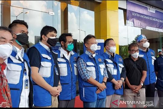 IKASTARA dan Taman Impian Jaya Ancol vaksinasi ribuan warga