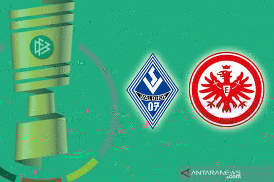 Tim kasta ketiga Mannheim singkirkan Frankfurt dari DFB Pokal