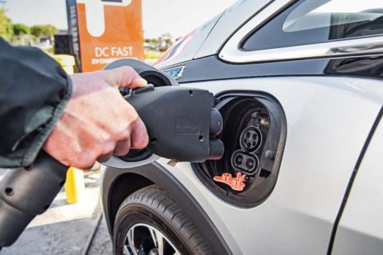 """Honda dan GM akan berbagi """"platform"""" EV untuk siapkan mobil murah"""